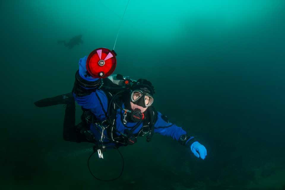 SDI Underwater Navigation Diver